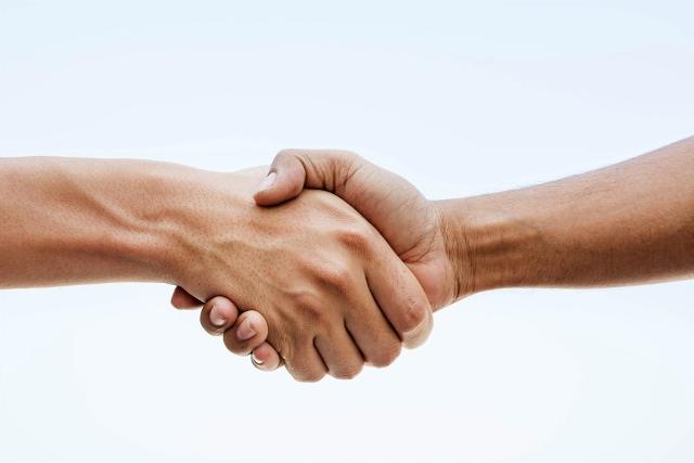 handshake-640x427